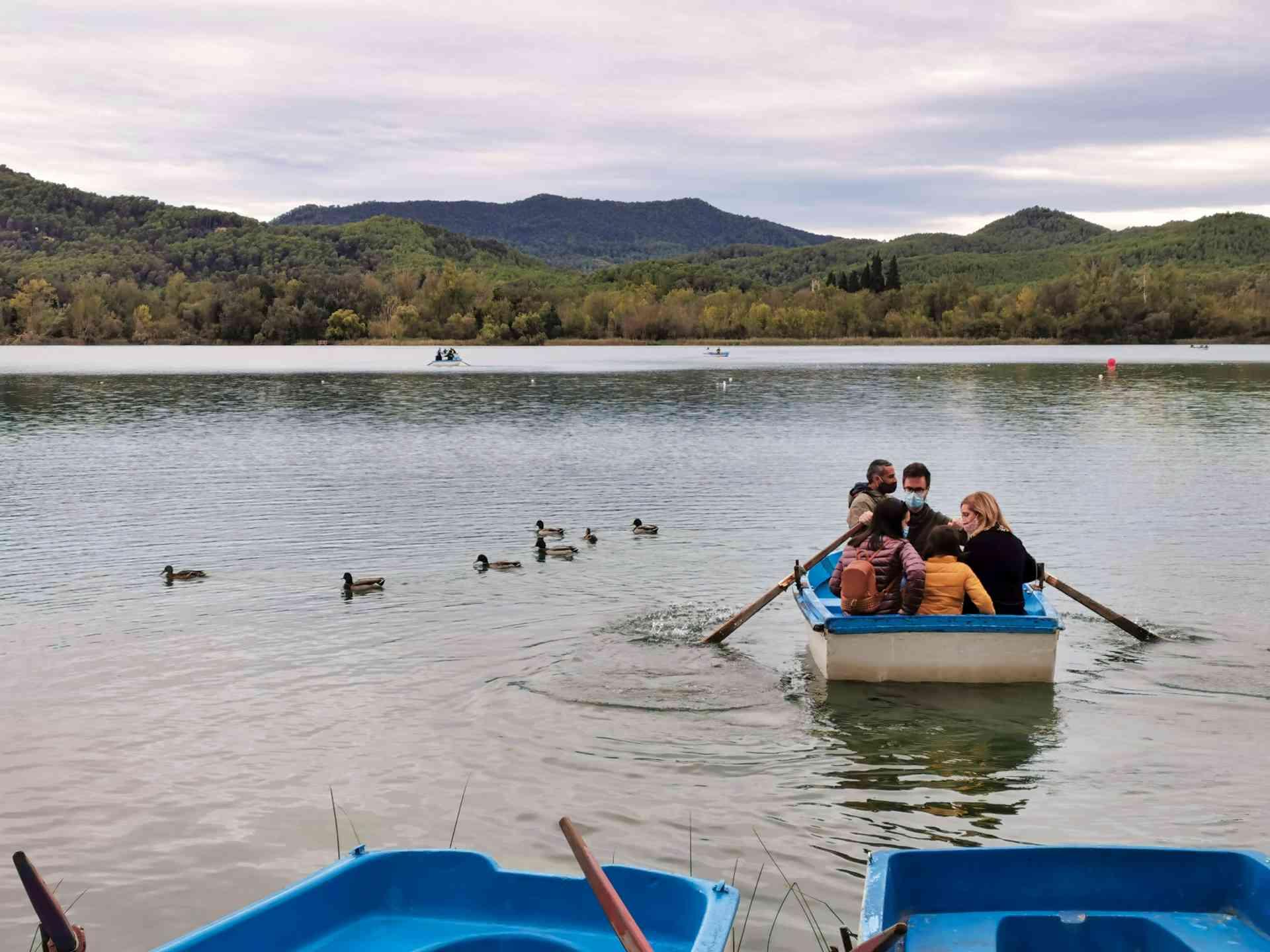 barqueta estany de banyoles