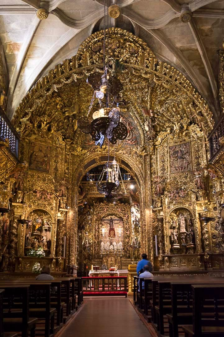interior catedral ourense